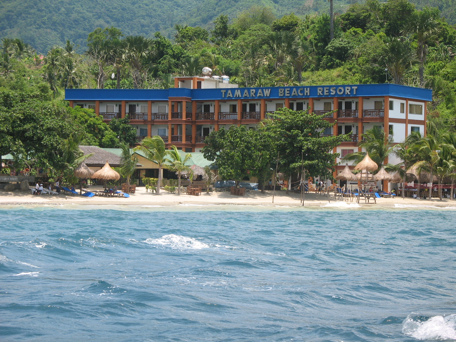 how to go to tamaraw beach resort