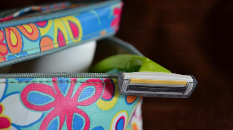 What Hygiene Items Should You Pack While Traveling?